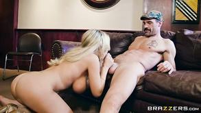 Порно видео с тегами «Красотки, Большие члены, Большие сиськи, Грудастые»