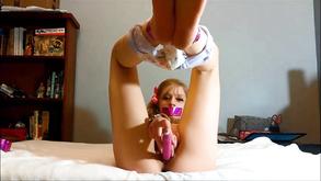 Порно видео с тегами «Восемнадцатилетние, БДСМ, Киски, Молоденькие»