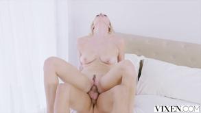 Порно видео с тегами «Горячее, Большие члены, Минет, Жесткий секс»