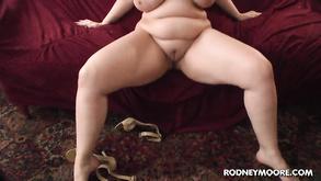 Порно видео с тегами «Толстые, Минет, От первого лица, Натуральные сиськи»