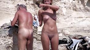 Порно видео с тегами «Любительское, На улице, Публично, Секс»